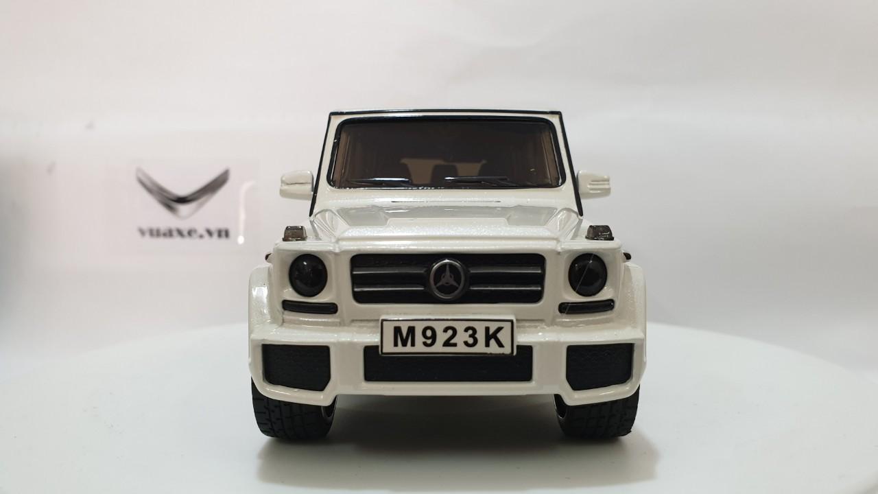 Mô Hình Xe Mercedes-AMG G63 2 Cửa 1:24 Màu Trắng